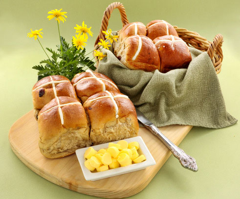 hot cross buns perfect for easter time
